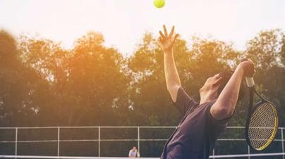 Hacer actividad física constante ayuda a reducir los riesgos de hipertensión.